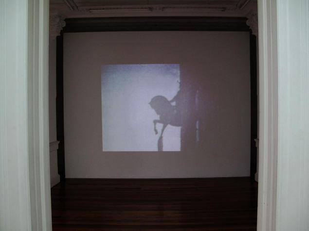Pablo Bronstein - Trojan Horse - vista de instalación