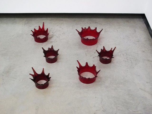 08_Mona Hatoum-A bigger splash